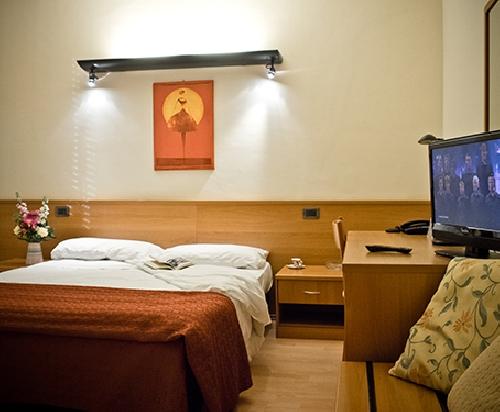 Capodanno Hotel Tirrenus Perugia Foto